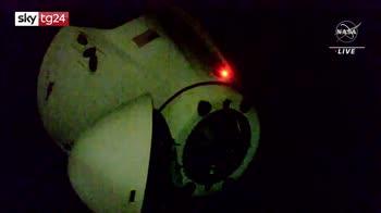 SpaceX, 4 astronauti lasciano l'Iss e tornano sulla Terra