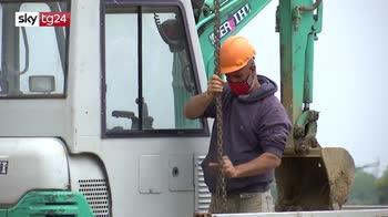 Morti sul lavoro, 46enne travolto da lastra di cemento nella bergamasca