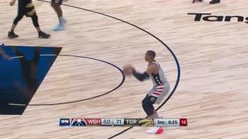 NBA, la tripla doppia di Russell Westbrook contro Toronto