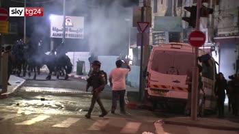 Terza notte di scontri a Gerusalemme, rischio escalation