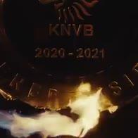 Ajax scioglie trofeo dell'Eredivisie e lo regala ai tifosi