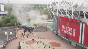 manchester-unite-liverpool-proteste-tifosi
