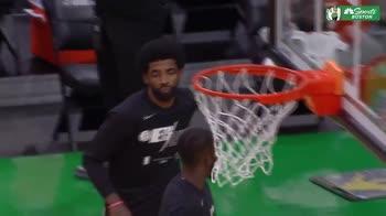 NBA, i fischi del pubblico di Boston per Kyrie Irving