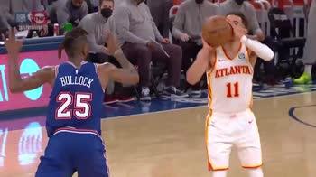 NBA, tripla e inchino per Trae Young che saluta New York