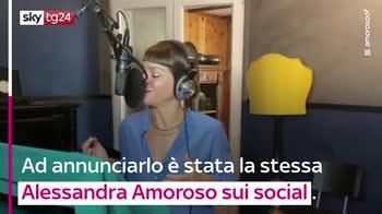 VIDEO Alessandra Amoroso, Sorriso Grande agli Europei 2021