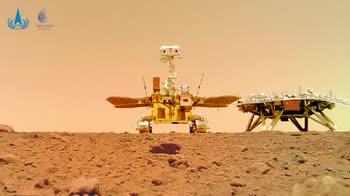 Marte, la Cina pubblica il selfie del suo rover