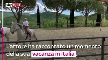 VIDEO Anthony Hopkins a Roma prepara il sugo per la pasta