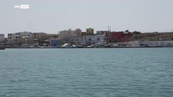 Migranti, parla il pescatore di Lampedusa che ha salvato 24