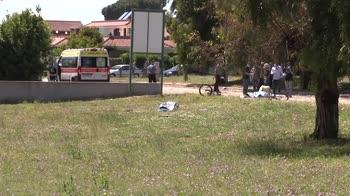 Ad Ardea si prepara una fiaccolata per le vittime. Attesa per autopsia