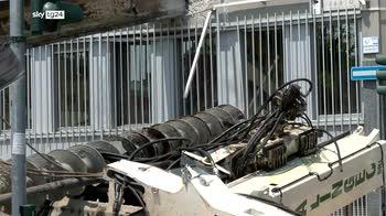Trivella di 10 metri crolla in cantiere a Milano, nessun ferito