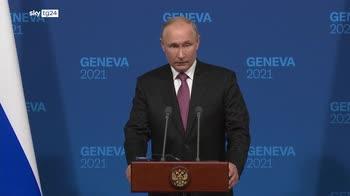 Biden incontra Putin, toni distesi ma i problemi