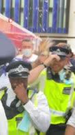 inghilterra-scozia-tifosi-birra-polizia