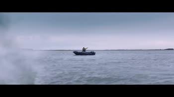 La terra dei figli, il trailer del film