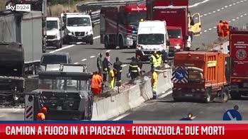 Incidente A1, tir in fiamme a Piacenza: due morti