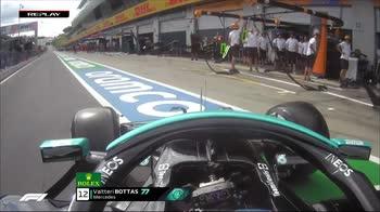 f1 canale 207 bottas errore in pit lane ore 15.42