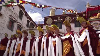 La storica visita del presidente cinese Xi Jinping in Tibet