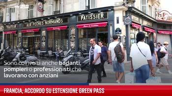 Covid Francia, accordo su estensione green pass