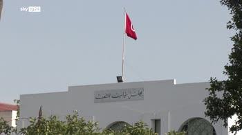Crisi Tunisia, partito islamista accetta elezioni