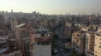 ERROR! Un anno dopo l'esplosione al porto, in Libano la crisi peggiora