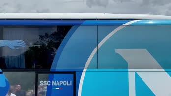 Napoli, l'arrivo della squadra in Abruzzo