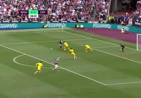 West Ham, Pablo Fornals e Antonio fanno fuori la difesa