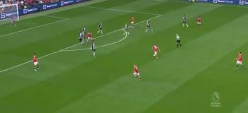 Bruno Fernandes spacca la porta, United-Newcastle