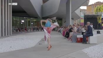 Biagiotti al Maxxi, sfilata omaggio al Futurismo di Balla