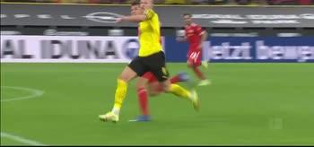 Il pallonetto di Haaland, B. Dortmund-U. Berlin