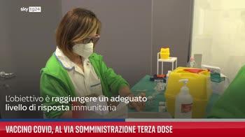 Vaccino Covid, al via somministrazione terza dose