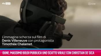 VIDEO Dune, lo scatto di Massimo Boldi e Christian De Sica