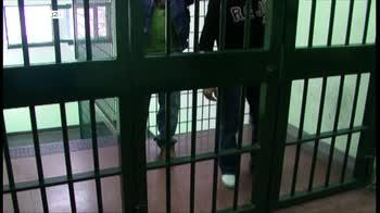 Caccia a chi ha fornito l'arma al detenuto di Frosinone