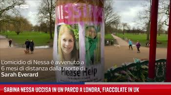 Sabina Nessa uccisa in un parco a Londra, fiaccolate in Uk