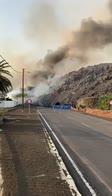 Vulcano Canarie, strada bloccata da colata di lava. VIDEO