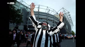 Newcastle fans celebrate club's takeover