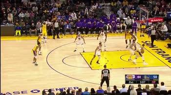 Preseason NBA: il primo canestro di Westbrook con i Lakers