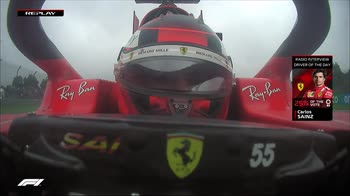 INTV NELL'ABITACOLO SAINZ DRIVER OF THE DAY 211010.transfer_3213040