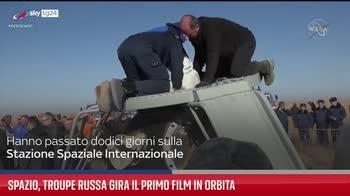 Spazio, troupe russa gira il primo film in orbita