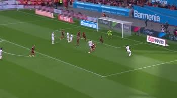 Leverkusen-Bayern Monaco, il gol di Lewandoski