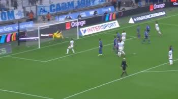 Marsiglia-Lorient, il gol di Guendouzi
