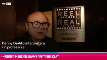 """VIDEO """"Haunted Mansion"""", Denny DeVito nel cast"""