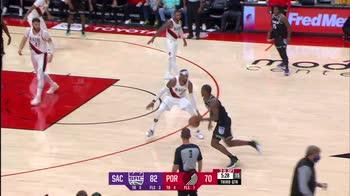 NBA, 36 punti per Harrison Barnes contro Portland
