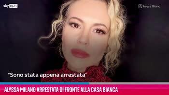 VIDEO Alyssa Milano arrestata di fronte alla Casa Bianca