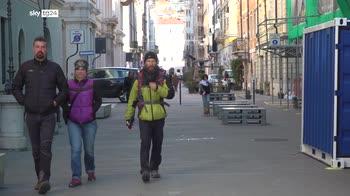Trieste, crescono i contagi preoccupazione per assembramenti