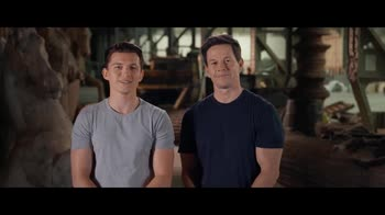 Uncharted, video backstage con Tom Holland e Mark Wahlberg