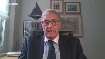 Guido Rasi: almeno fino a gennaio terza dose solo agli over 60