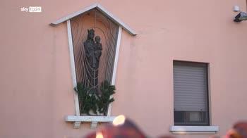 Tragedia familiare, mamma in fuga a Verona dopo l'omicidio delle figlie