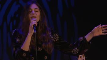 VIDEO - Isotta vince il Premio Bianca D'Aponte con Io